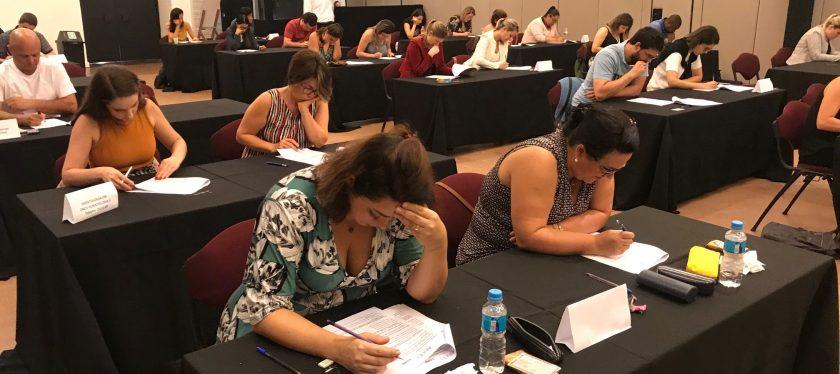 Em prova tensa, alunos realizam exame para obtenção de título de especialista e certificado de área de atuação